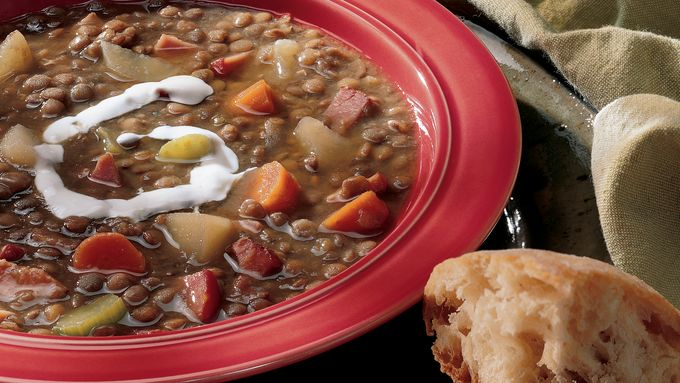 Slow-Cooker Lentil and Canadian Bacon Soup
