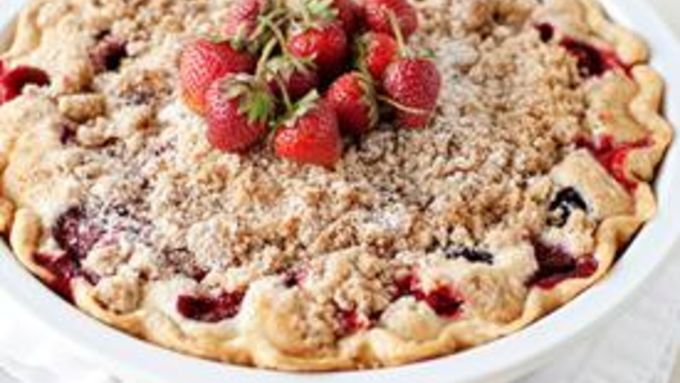 Berries and Cream Pie