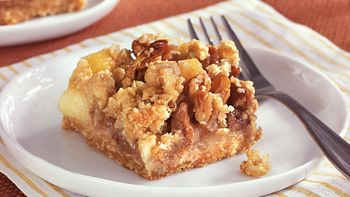 Apple Pecan Crumble Bars
