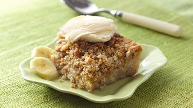 Banana Bread Cobbler Crunch