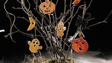 Spooky Halloween Tree