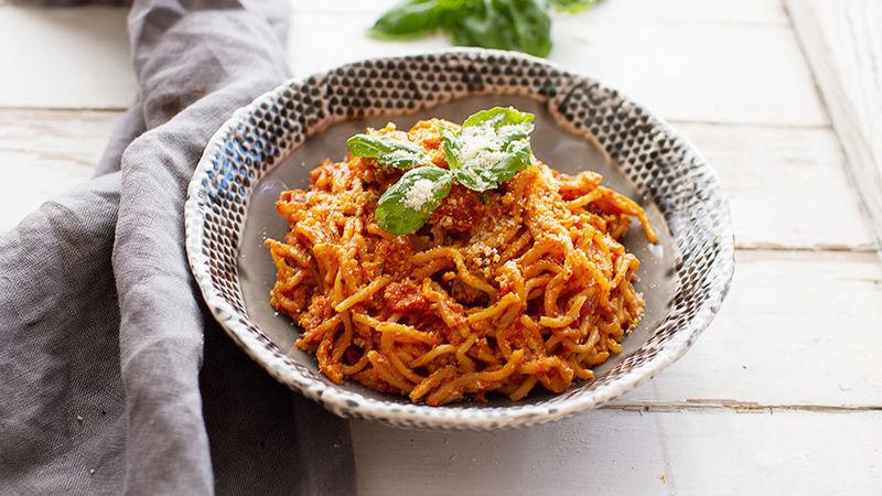 Easy Creamy Slow-Cooker Turkey Spaghetti