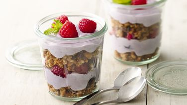 Oatmeal Cookie Granola Berry Parfaits