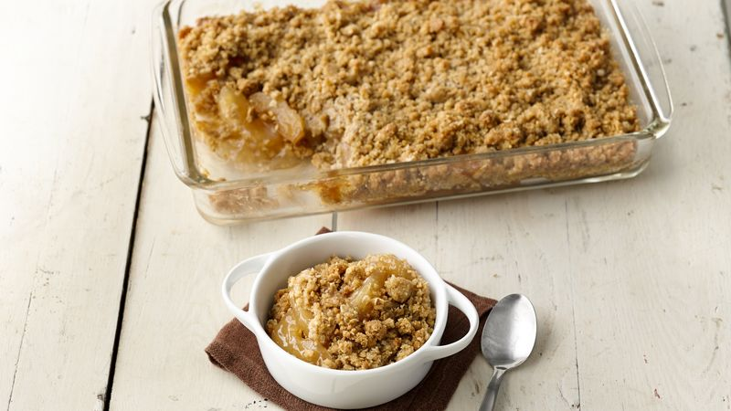 Easy Caramel Apple Oatmeal Crisp