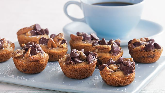 Chocolate Chip Cookie Baby Cakes