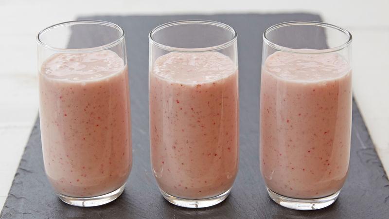 Strawberry Banana Yogurt Smoothie