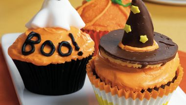 Witches' Hat Cupcakes