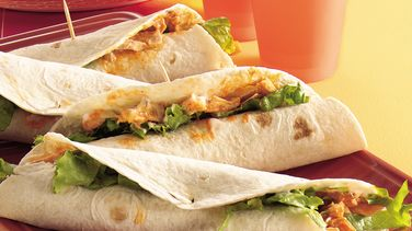 Slow-Cooker Buffalo Chicken Wraps