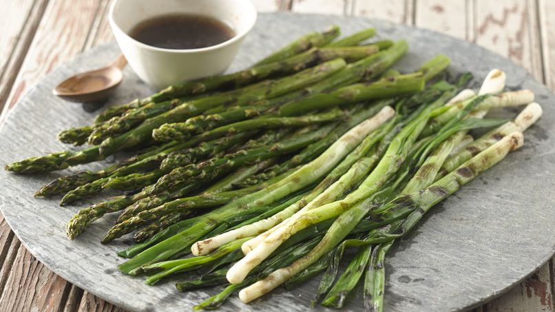 Grilled Asparagus and Green Onions