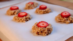 No Bake Strawberry Oatmeal Cookies