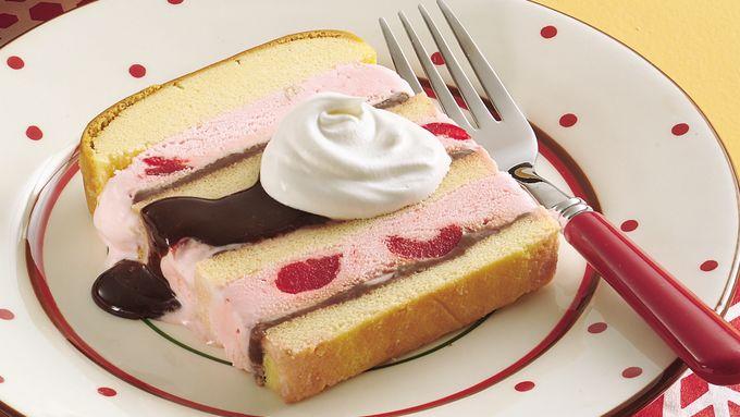 Fudge Sundae Cake
