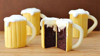 Beer Mug Cupcakes with Baileys® Filling