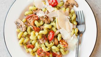 Copycat Noodles & Company™ Pesto Cavatappi
