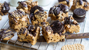 Bottom-of-the-Cookie-Jar Peanut Butter-Marshmallow-Graham Bars