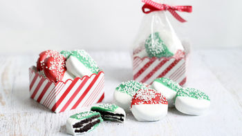 Chocolate-Dipped Christmas Oreos™