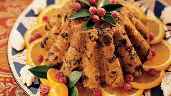 Old-Fashioned Plum Pudding and Hard Sauce