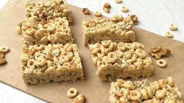 Cheerios™ Amaranth and Nut Bars