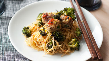 Sweet and Spicy Asian Meatball and Broccoli Noodles
