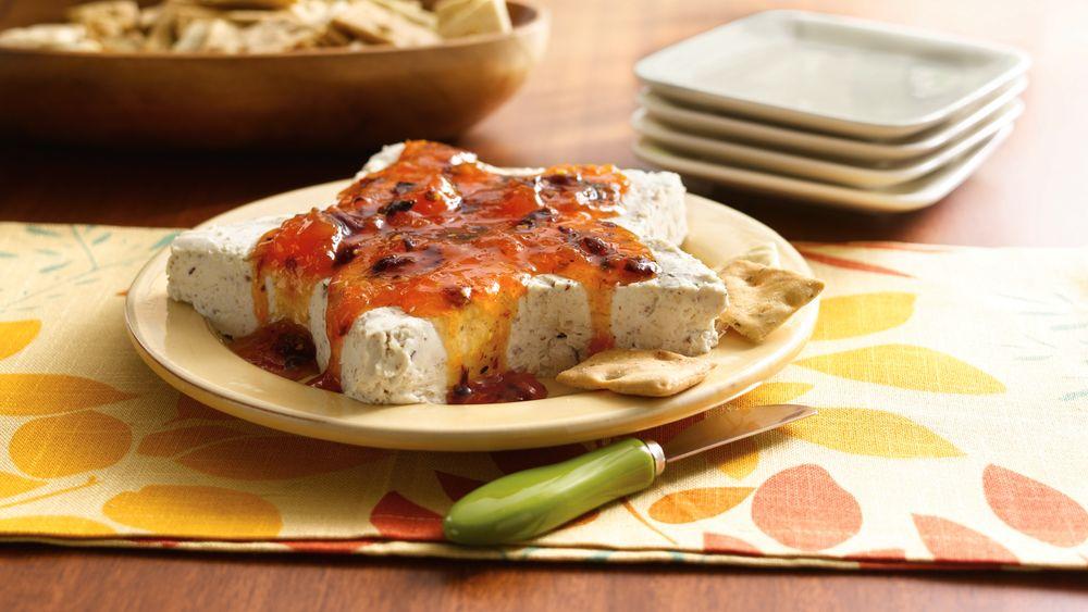 Apricot-Chipotle-Cream Cheese Star