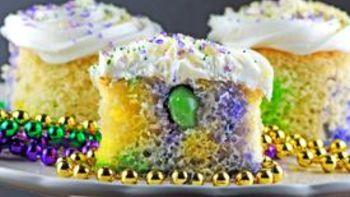 Mini Boozy King Cakes