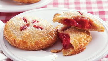 Strawberry Rhubarb Mini Pies