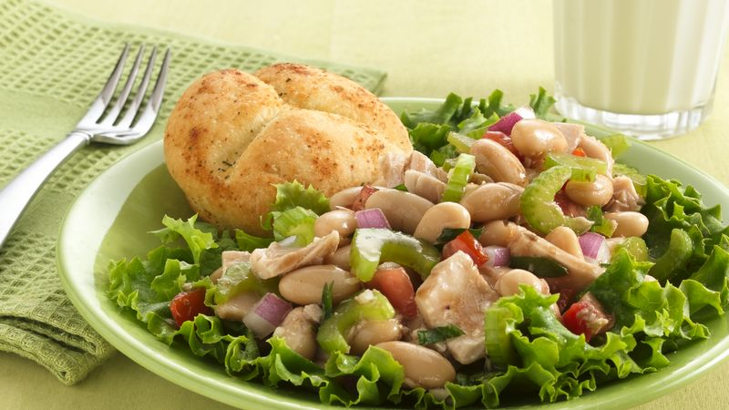 Tuna-Cannellini Bean Salad with Dinner Rolls