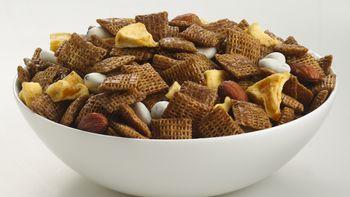Cinnamon-Apple Chex® Mix (1/2 Recipe)