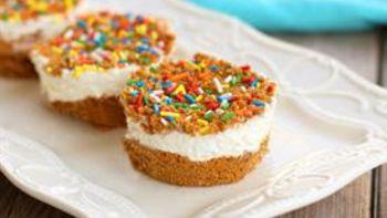Mini Marshmallow Whipped Cheesecakes