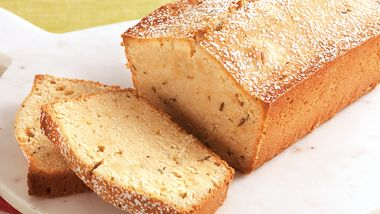 Lemon Rosemary Pound Cake