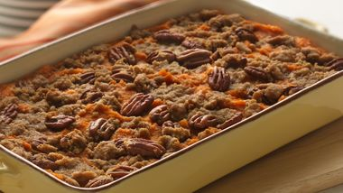 Streusel-Pecan Sweet Potatoes