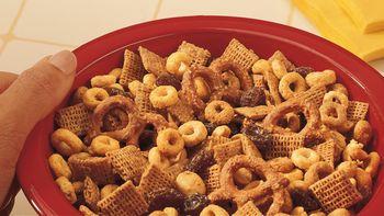 Golden Snack Mix