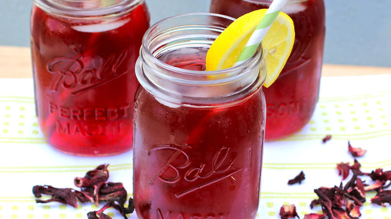 Hibiscus and Pomegranate Iced Tea