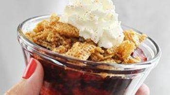 Mini Microwave Berry Crisps