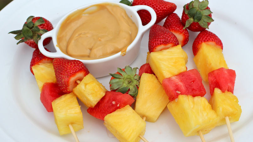 Fruit Skewers with Dulce de Leche Yogurt Dip
