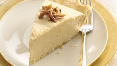 Caramel Candy Pie