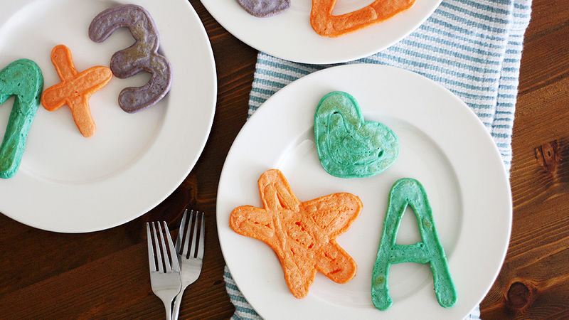 Squeeze Bottle Art Pancakes recipe from Betty Crocker