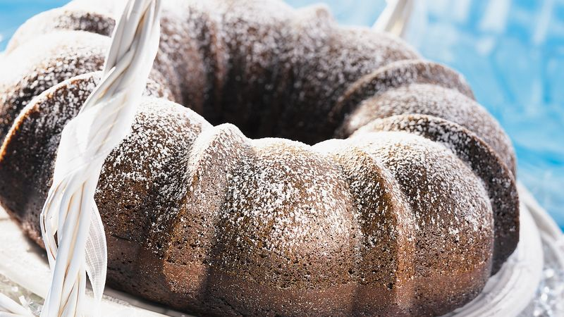 Dark Gingerbread Cake