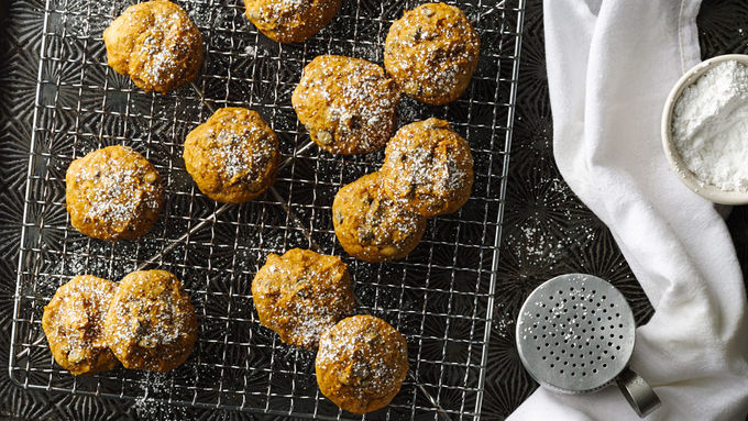 3-Ingredient Pumpkin-Chocolate Chip Cookies