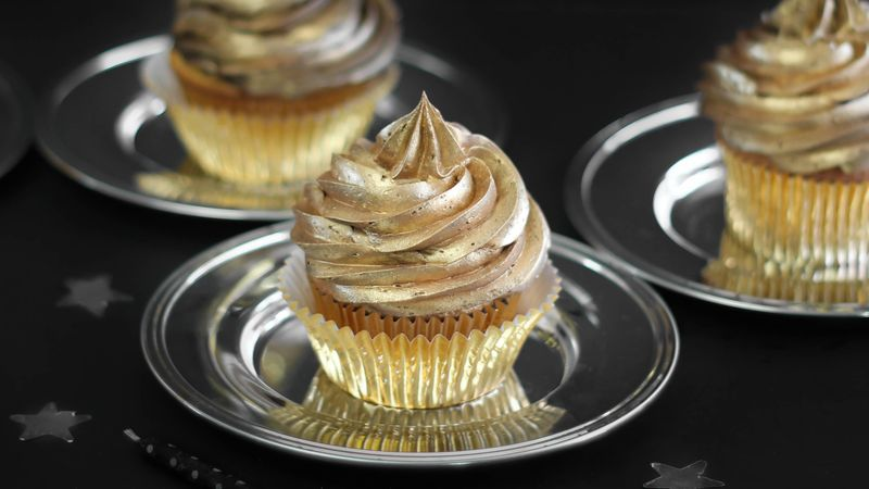 Golden Birthday Cupcakes