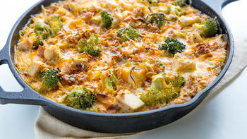 Cheesy Chicken and Broccoli Quinoa Skillet
