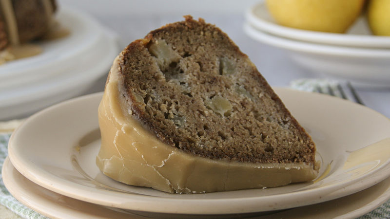 Pear Spiced Bundt Cake