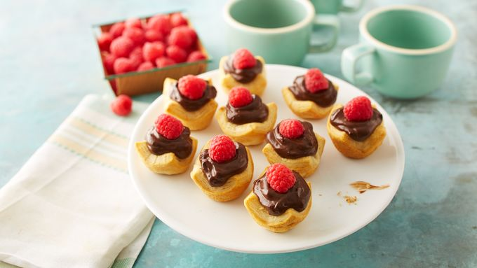 Mini Avocado Chocolate Mousse Crescent Pies