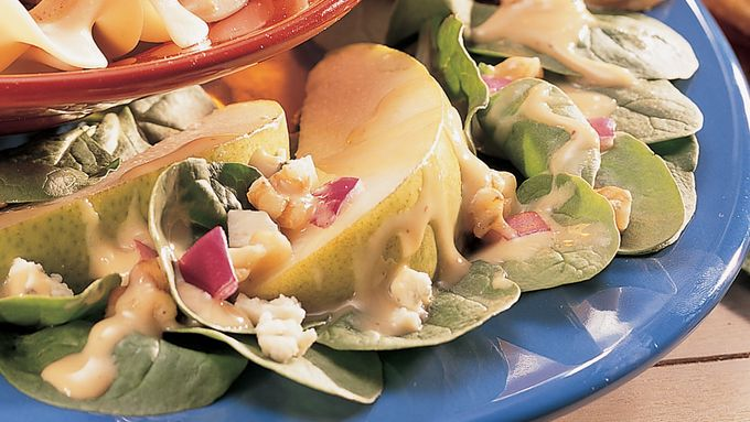 Spinach and Pear Salad with Honey-mustard Dressing