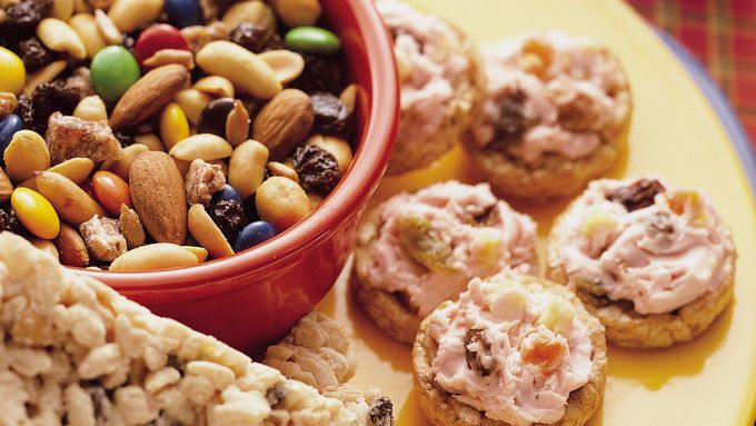 Mini Rice Cakes with Creamy Fruit Spread