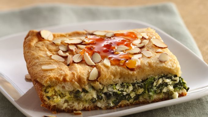 Spanakopita-Style Brunch Squares with Spicy Apricot Sauce