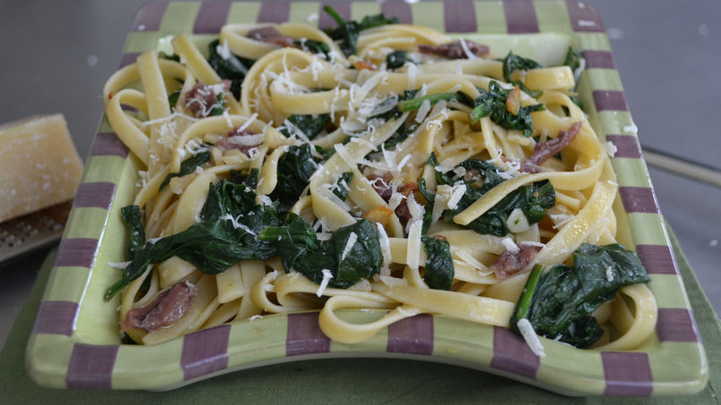 Spinach and Anchovy Fettuccine