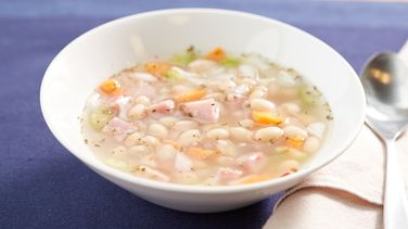 Easy Ham and Navy Bean Soup