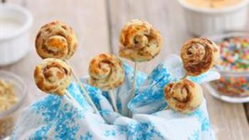 Mini Cinnamon Roll Fondue