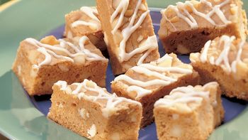 White Chocolate-Macadamia Nut Bars