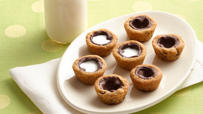 Milk-Filled Chocolate Chip Cookie Shooters